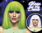 Boland pruik Chloë glow in the dark dames wit